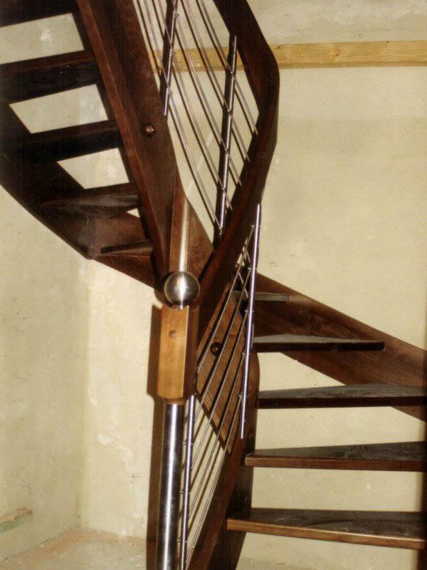 Schody policzkowe – realizacja 3
